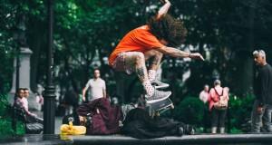 Jenkem skate et détruit les nouvelles Adidas Kanye West