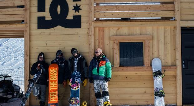 BangingBees x DC Snowboarding – Area 43 trip