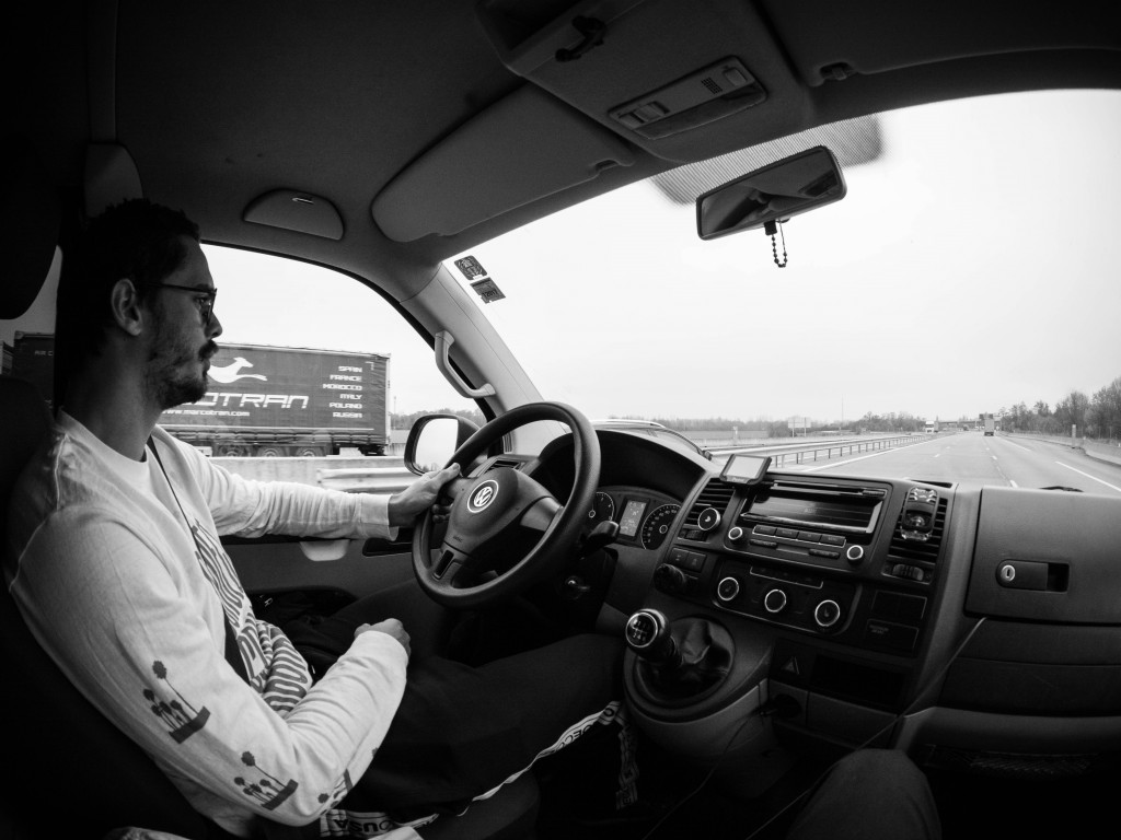 Bastien au volant ©Louis Labertrande