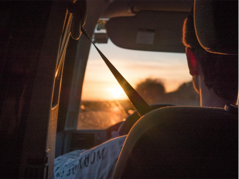 Sunset drive ©Louis Labertrande